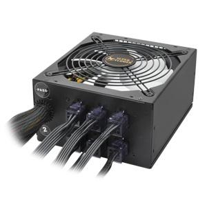 写真:【販売終了】 スーパーフラワー電源 80PLUS PLATINUM認証 550W(SF-550P14PE)